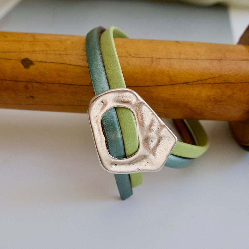 Leather Bracelet for Her Green And Blue Silver Leather image 0