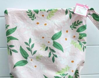 wetbag Wet bag ICKY Bag XL pink floral PETUNIAS diaper bag cloth diapers sack large wet proof zipper handle gym bag travel swim pool