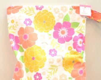 wetbag Wet bag ICKY Bag XL pink retro floral PETUNIAS diaper bag cloth diapers sack large wet proof zipper handle gym bag travel swim pool