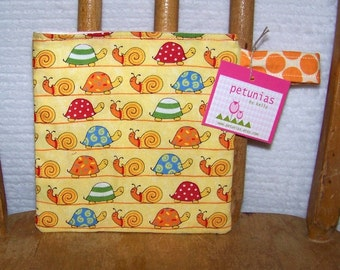 Reusable Little Snack Bag - pouch adults kids snails eco friendly by PETUNIAS