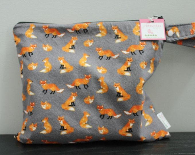 Wet Bag wetbag Diaper Bag ICKY Bag wet proof grey fox gym bag swim cloth diaper accessories zipper gift newborn baby kids beach bag