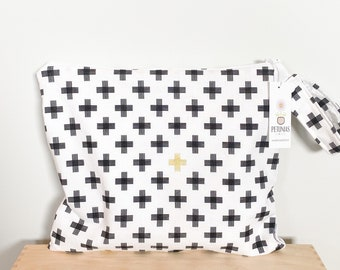 The ICKY Bag - wetbag - PETUNIAS by Kelly - Black gold plus