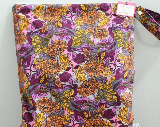 wetbag Wet bag ICKY Bag XL grey purple floral PETUNIAS diaper bag cloth diapers sack large wet proof zipper handle gym bag travel swim pool