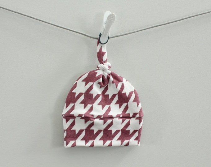 SALE baby hat houndstooth maroon burgundy Organic knot modern newborn shower gift photography prop hospital outfit accessory neutral girl