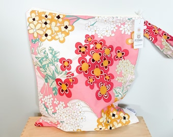 The ICKY Bag XL - wetbag - PETUNIAS by Kelly - pretty floral