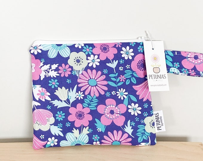 The ICKY Bag petite - wetbag - PETUNIAS by Kelly - berry floral