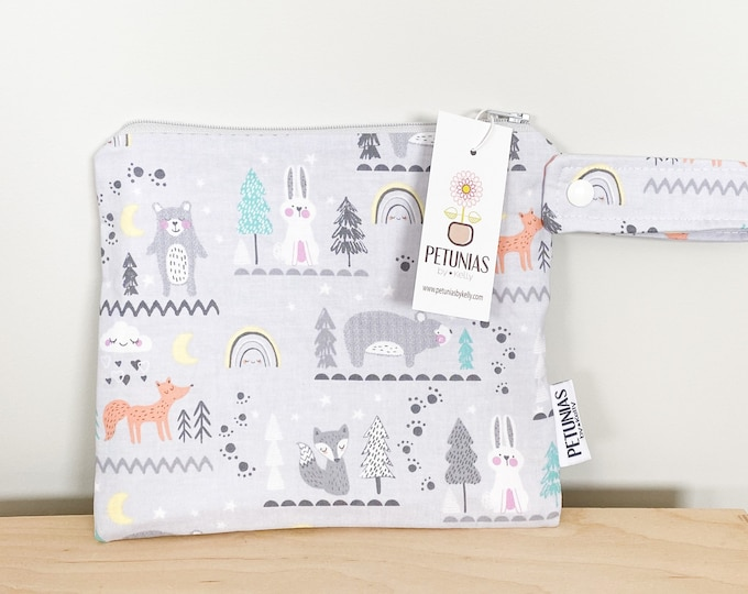 The ICKY Bag petite - wetbag - PETUNIAS by Kelly - grey forest animals