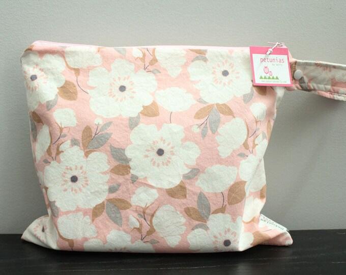 Wet Bag wetbag Diaper Bag ICKY Bag wet proof blush floral gym bag swim cloth diaper zipper gift newborn baby child kids summer beach