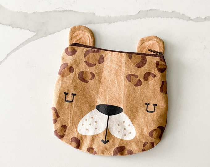 The ICKY Bag mini wetbag - animal zipper pouch - snack bag - PETUNIAS by Kelly - caramel leopard