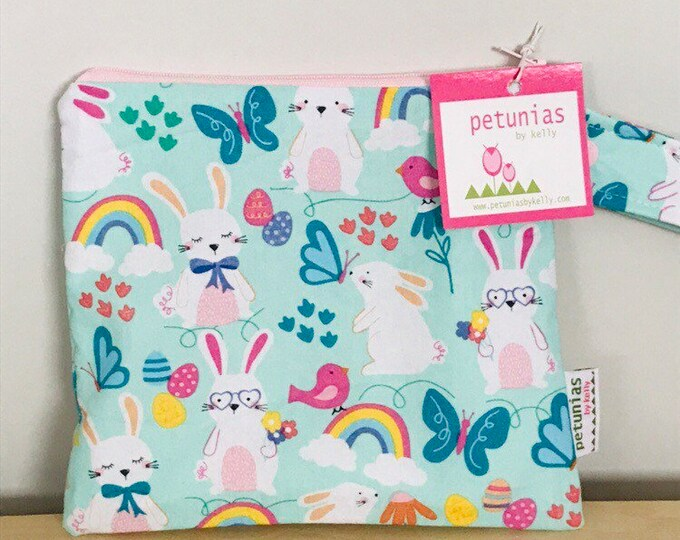 The ICKY Bag petite - wetbag - PETUNIAS by Kelly - bunnies