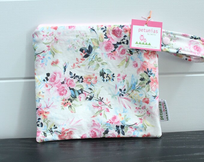 wetbag wet bag  ICKY Bag petite modern farmhouse floral baby gift waterproof gym sports cloth diaper pouch zipper snap handle baby gift gear