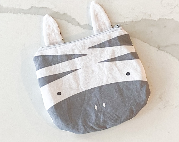 The ICKY Bag mini wetbag -  animal zipper pouch - snack bag - PETUNIAS by Kelly - grey zebra