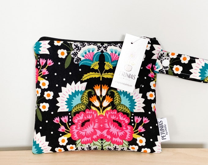 The ICKY Bag petite - wetbag - PETUNIAS by Kelly - black fiesta floral