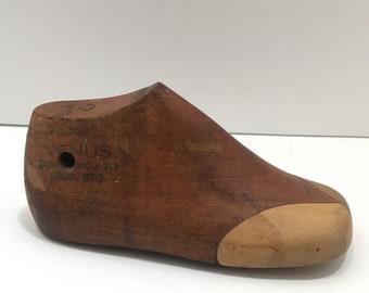 Vintage Wooden Childs Shoe Last Form - Primitive Country Decor