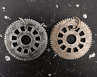 Gear Charm #5 Steampunk, Industrial Findings, Steampunk Parts for Altered Art, Lead and Nickel Free Charms