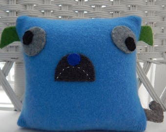 Recycled Argyle Cashmere Sweater Pillow - Pug in Blue