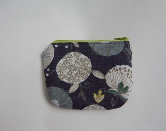 Small Japanese Cotton and Linen Floral Zipper Pouch in Blue, Cosmetics Bag, Toiletry Bag, Travel Bag, Clutch Purse, Handmade