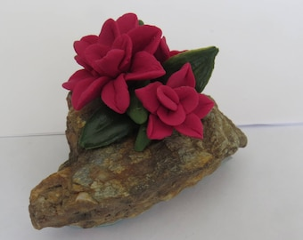 Gratitude Rock,Handmade Cold Porcelain Flowers,Red,Durable,Decorative Accent,Gift