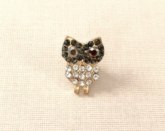 Gray Rhinestone Owl Lapel Pin. Clutch Pin.