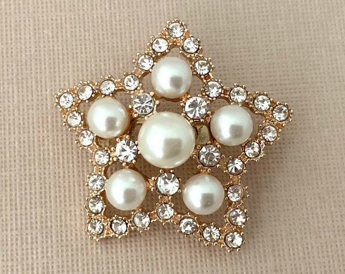 Gold Pearl Rhinestone Star Brooch Pin
