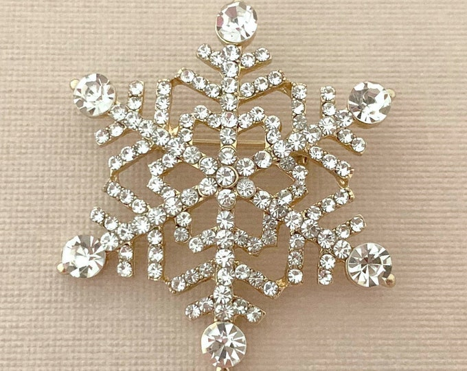 Snowflake Brooches.Gold Snowflake Pin.Rhinestone Snowflake Brooch Pin.Crystal Snowflake Brooch.Vintage Style Jewelry.Cocktail Jewelry