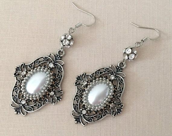 Vintage Style Pearl Silver Earrings