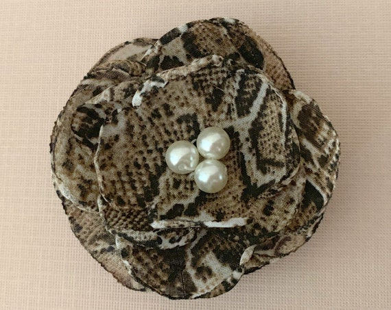 Snakeskin Flower Hair Clip or Brooch Pin. So fashionable! Choose button/bead finish. Handmade