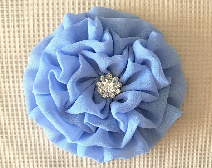 Periwinkle Flower Brooch Pin and/or Hair Clip. Choose your button/bead finish. Handmade.