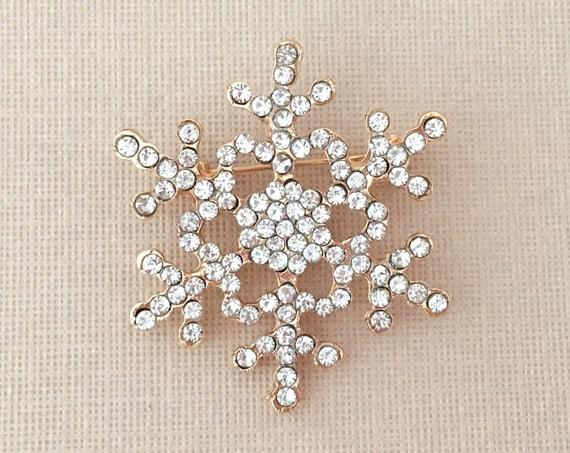 Small Gold Snowflake Brooch Pin