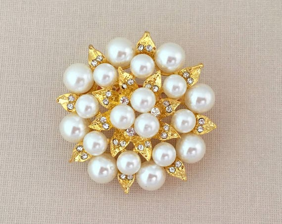 Pearl & Gold Flower Brooch Pin