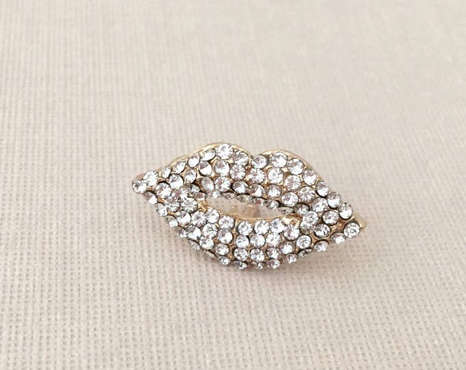 Lips Lapel Pin