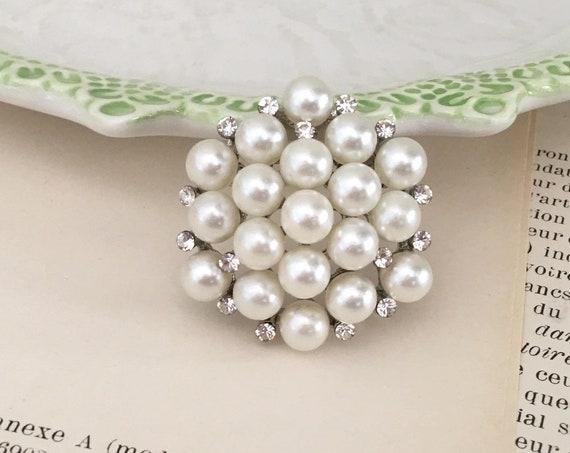 Small Pearl & Rhinestone Brooch Pin