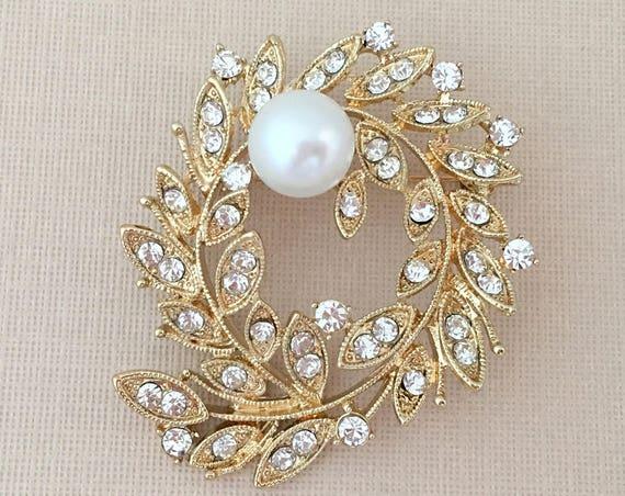Gold Leaf Brooch.Laurel Leaf Brooch.Laurel Leaf wedding pin.Gold Leaves.Gold rhinestone brooch.gold brooch.crystal brooch.bridal accessory