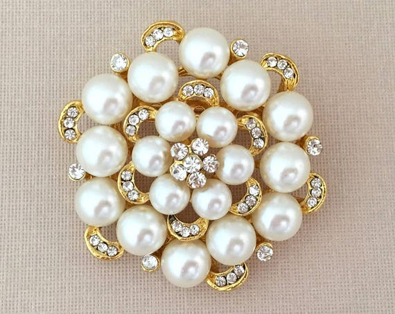 Gold Pearl Rhinestone Brooch Pin. Edwardian Inspired Style