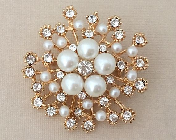 Pearl & Gold Starburst Brooch Pin