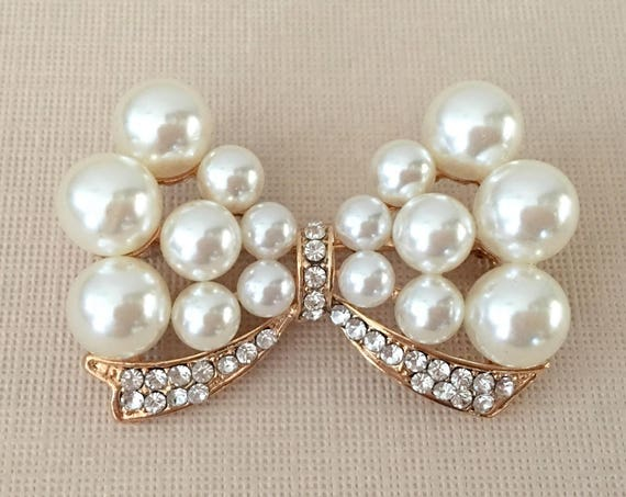 Pearl & Gold Bow Rhinestone Brooch Pin