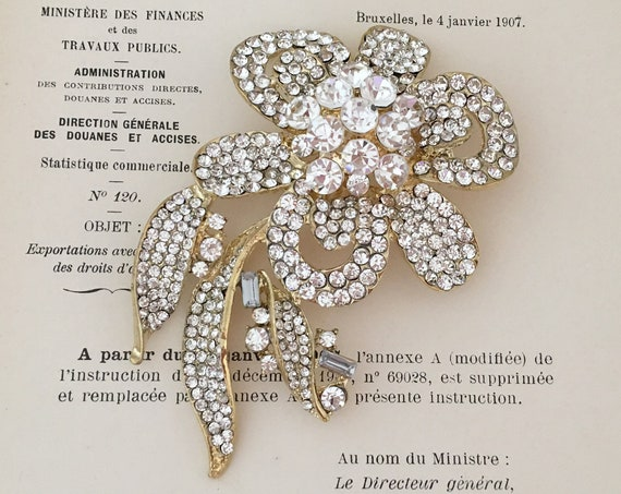 Large Gold & Crystal Flower Brooch Pin