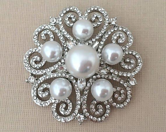 Pearl & Rhinestone Filigree Brooch Pin