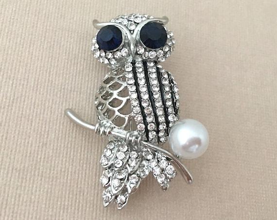 Owl Pearl & Rhinestone Brooch Pin