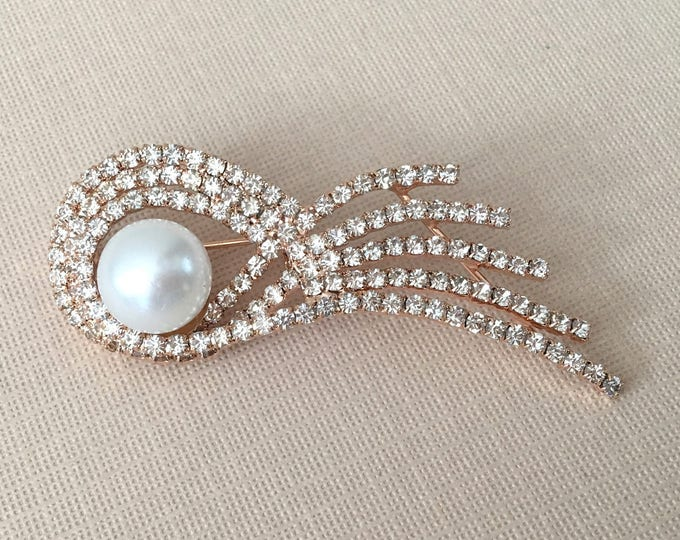 Rose Gold, Rhinestone, & Pearl Brooch Pin
