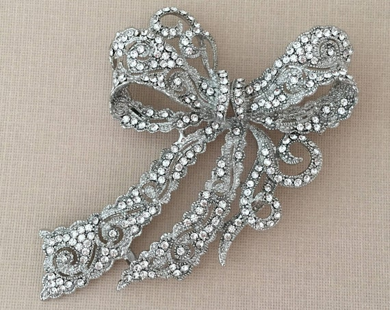 Large Crystal Bow Brooch Pin