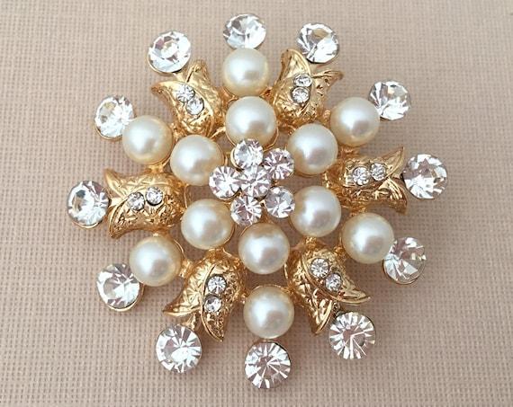 Gold, Pearl, & Rhinestone Brooch Pin