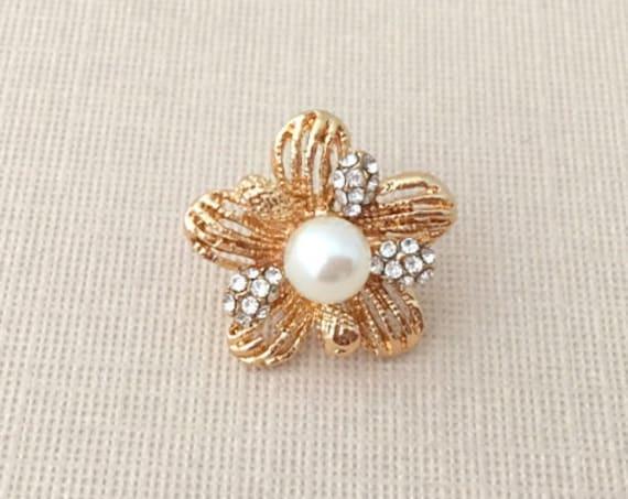 Gold Flower & Pearl Lapel Pin