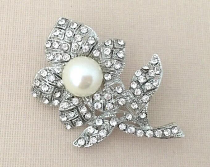 Pearl Rhinestone Flower Brooch Pin
