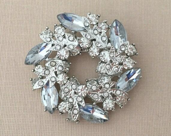 Silver Rhinestone Wreath Brooch Pin