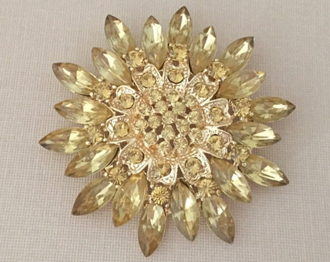Gold Champagne Brooch Pin. SLIGHT SECONDS JEWELRY*.