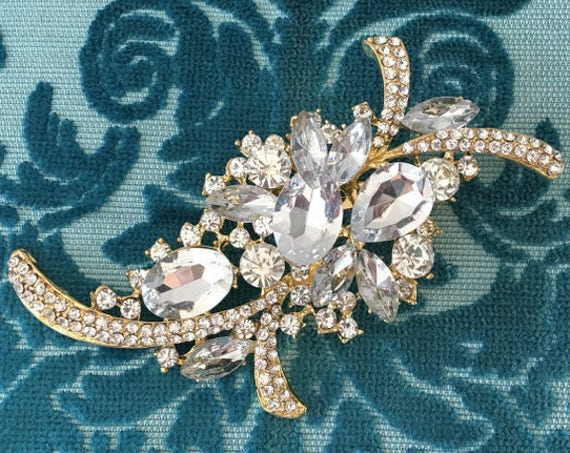 Large Rhinestone & Gold Brooch Pin
