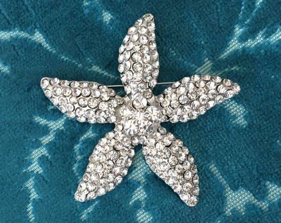 Starfish Rhinestone Brooch.Starfish Brooch.crystal pin.beach wedding.bridal accessory.star fish broach.silver rhinestone.crystal starfish