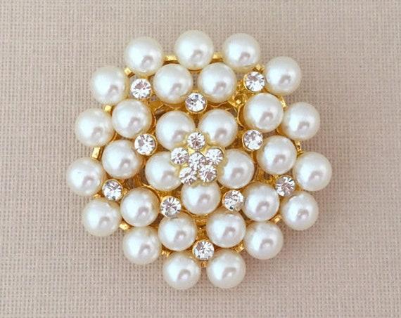 Gold Pearl Brooch.Rhinestone Pearl Brooch.Gold rhinestone brooch.Gold pearl pin.gold crystal pearl.wedding accessory.Gold Pearl Broach