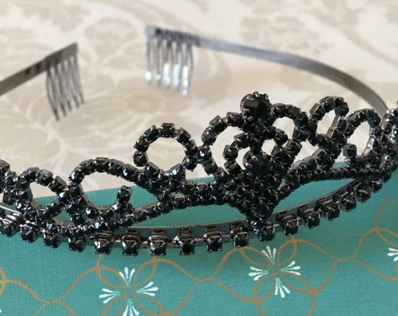Black Rhinestone Tiara.Black Crystal Tiara.Black Crystal Headband.Black Crystal Headpiece.Black Crystal Crown.Prom Hair Piece.Flower Girl